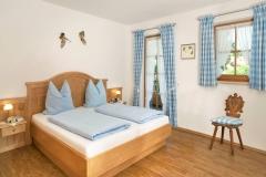 1OG Zugspitz - Schlafzimmer 1